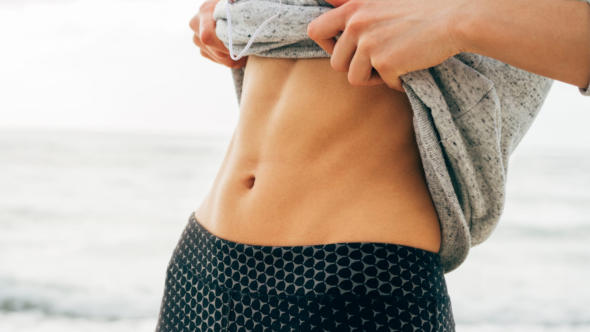 """A flat stomach is not """"Mission: Impossible"""". 9 minutes' training 3 times a week is all it takes."""